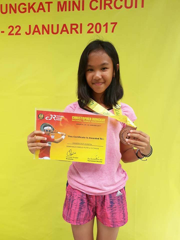 Diandra, 3rd place of the Girls' Singles U-14